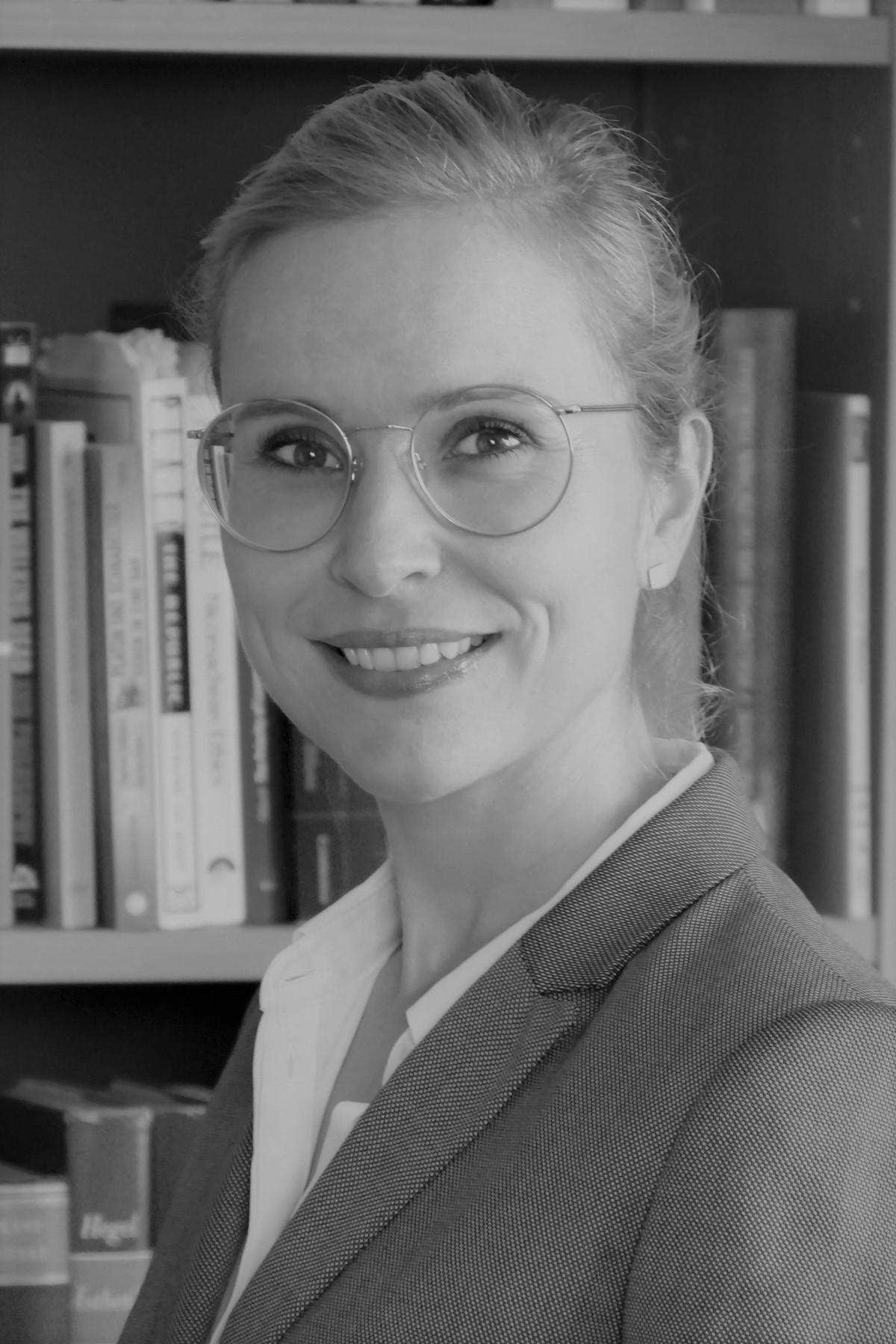 Nadine Hamilton